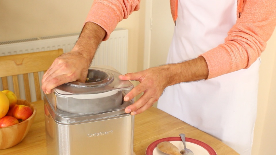 Cuisinart ICE 30 Ice Cream Maker 4
